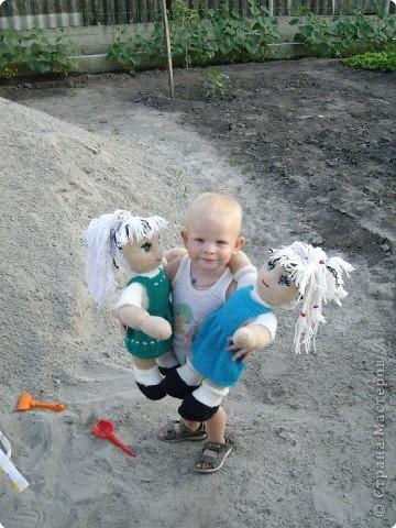 Вязание спицами: Куклы в подарок фото 8