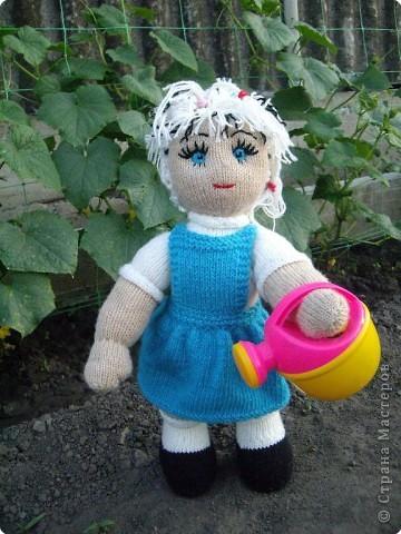 Вязание спицами: Куклы в подарок фото 4