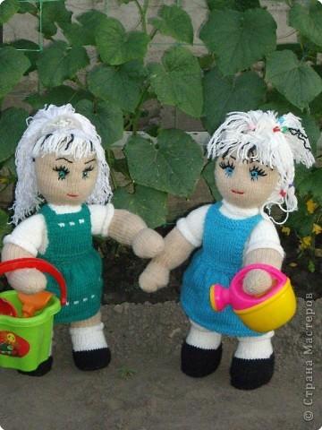 Вязание спицами: Куклы в подарок фото 6