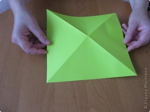 Я впервые делаю МК. Не знаю ,будет ли все понятно. Итак, берем квадратный лист бумаги и намечаем диагональ. фото 3