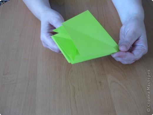 Я впервые делаю МК. Не знаю ,будет ли все понятно. Итак, берем квадратный лист бумаги и намечаем диагональ. фото 13