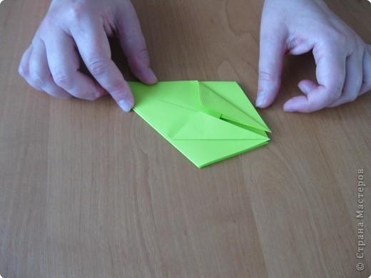 Я впервые делаю МК. Не знаю ,будет ли все понятно. Итак, берем квадратный лист бумаги и намечаем диагональ. фото 16