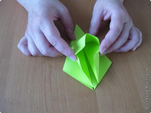 Я впервые делаю МК. Не знаю ,будет ли все понятно. Итак, берем квадратный лист бумаги и намечаем диагональ. фото 18