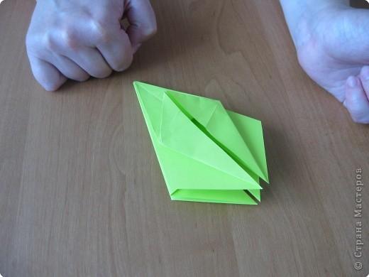 Я впервые делаю МК. Не знаю ,будет ли все понятно. Итак, берем квадратный лист бумаги и намечаем диагональ. фото 20
