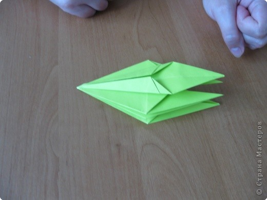 Я впервые делаю МК. Не знаю ,будет ли все понятно. Итак, берем квадратный лист бумаги и намечаем диагональ. фото 25