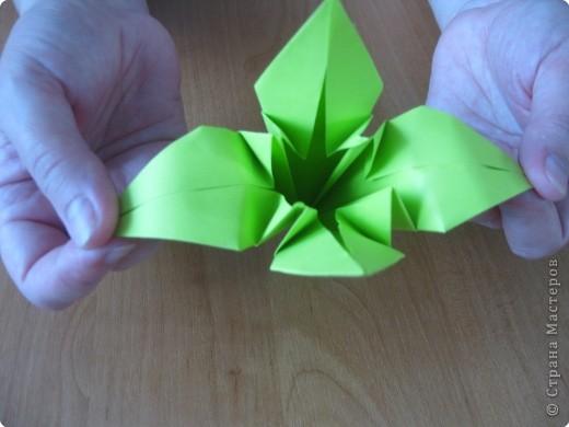 Я впервые делаю МК. Не знаю ,будет ли все понятно. Итак, берем квадратный лист бумаги и намечаем диагональ. фото 28