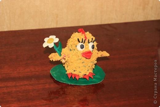 Вот такого цыпленка сдела дочка с моей помощью. Помогала ей делать крылья, их трудно торцевать, тоненькие.  фото 1
