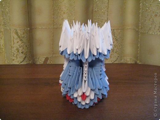 После лебедя решила сделать вазу для цветов.