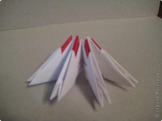 Кукла изготовлена методом модульного оригами. Волосы - из нитей. фото 5