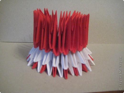 Кукла изготовлена методом модульного оригами. Волосы - из нитей. фото 12