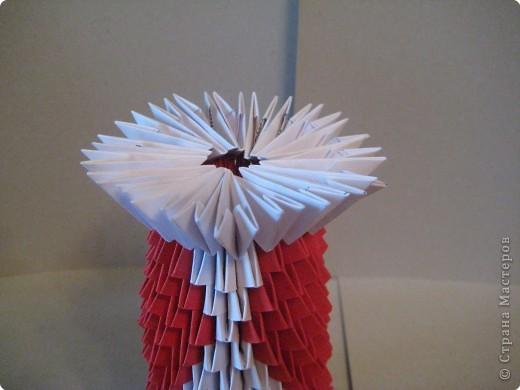 Кукла изготовлена методом модульного оригами. Волосы - из нитей. фото 14