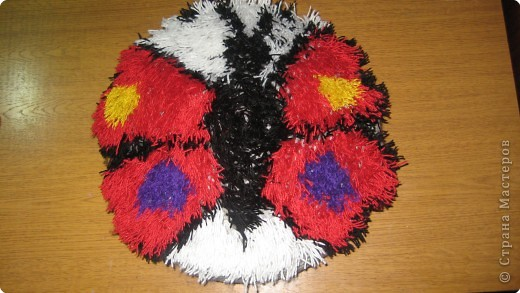 Вязание крючком: очередная пушистая подушка фото 1