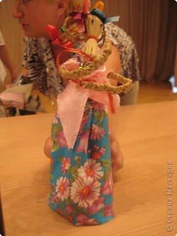 Сегодня к нам приезжали из областного центра по прикладному искусству, и привозили кукол нашей Липецкой области...Оказалось их столько много и каждая кукла имеет свое назначение....Семинар прошел так интересно, и также проводили МК по изготовлению куклы.. фото 16