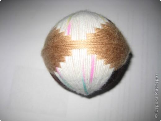 Этот  Темари не вышивала, а оплетала мячик..