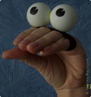 Игрушка на руку. Глазастик к  дню рождения моего десятилетнего мальчишки фото 1