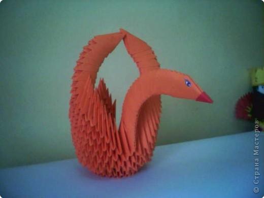Оригами модульное: Лебедь - корзина цвета апельсина