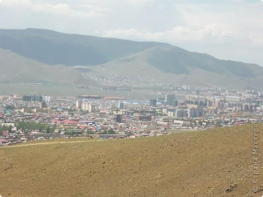 42-х метровая статуя Чингис- хана. Монголы почитают Чингис-хана как величайшего героя и реформатора, почти как воплощение божества. фото 2