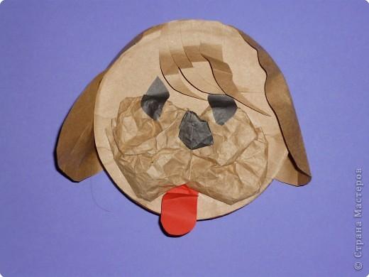 Что можно сделать из бросового материала, например, из круглой коробки от плавленного сыра? А из половинки коробки? А, если отрезать только часть (по хорде)? В Школе Раннего Развития при Дворце Детского Творчества я работаю с детьми 4-6 лет. Вот что мы с детками сделали. фото 7