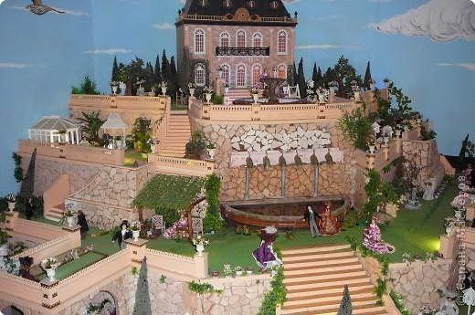 В Жироне набрели на небольшой, видимо, частный Музей миниатюр.Вот, что мы там увидели...  фото 1