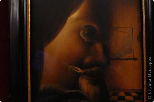 Сальвадор Дали- самый богатый в мире художник,самый известный в мире каталонец.. Он родился, жил, творил и умер в Фигейрасе, осуществив самый грандиозный проект своей жизни: «Театр-Музей».   Громадные яйца покрывающие крышу музея - это любимейшие символы Дали , которые он считал основой жизни… фото 17
