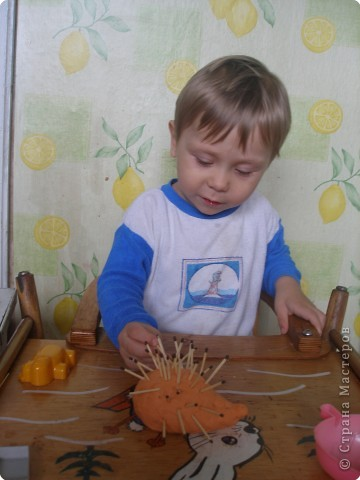 Мои сынок тоже уже умеет создавать шедевры фото 2
