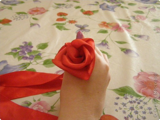Мастер-класс Розы из атласных лент  мастер класс Ленты фото 12