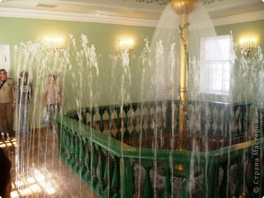 Вот и приехали мы в город Санкт-Петербург, разместились в гостинице и началась череда автобусных и пешеходных экскурсий... фото 9