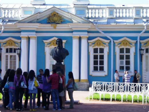 Вот и приехали мы в город Санкт-Петербург, разместились в гостинице и началась череда автобусных и пешеходных экскурсий... фото 30