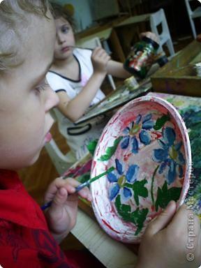 Кириллу Глебову 5 лет. Это его первые расписные тарелочки . фото 2