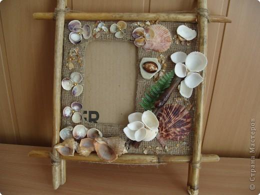 Рамка для фотографии из природного материала.