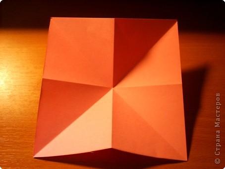 """Кусудама """"Электра"""". Автор David Mitchell Для работы приготовьте квадраты со стороной 75мм. Хорошо подходят стикеры двух цветов (http://stranamasterov.ru/node/16443) по 60 квадратов разного цвета.  фото 3"""