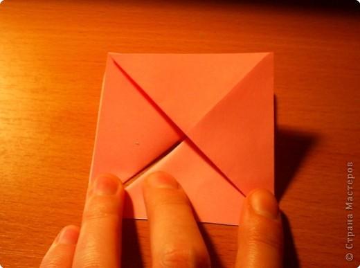 """Кусудама """"Электра"""". Автор David Mitchell Для работы приготовьте квадраты со стороной 75мм. Хорошо подходят стикеры двух цветов (http://stranamasterov.ru/node/16443) по 60 квадратов разного цвета.  фото 6"""