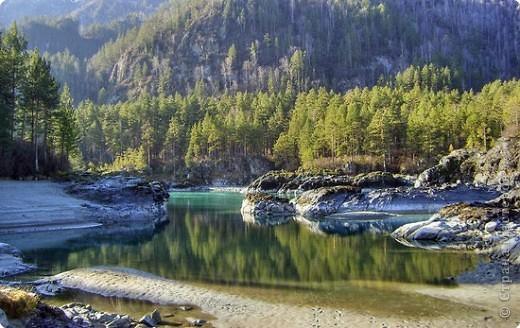 Я родилась в Горном Алтае. Здесь очень красивая природа. Любуясь другими фоторепортажами, решила показать вам свою Родину. Её часто называют Голубой Алтай, так как горы в далеке имеют синие оттенки. фото 5