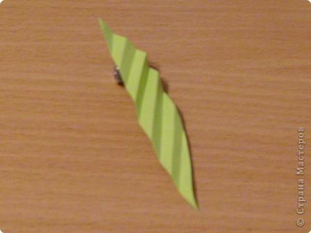 Моделирование: Мастер-класс. Бумагопластика. Изготовление листа. фото 3