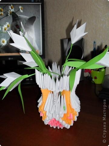 Оригами модульное: подснежники в вазе