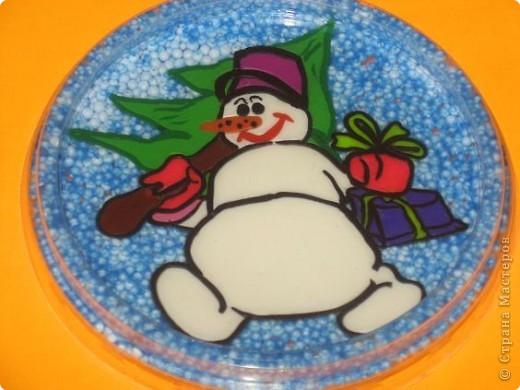 Аппликация из пластилина (+ обратная): Снеговик с тортом