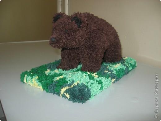 Торцевание на пластилине: Медведь