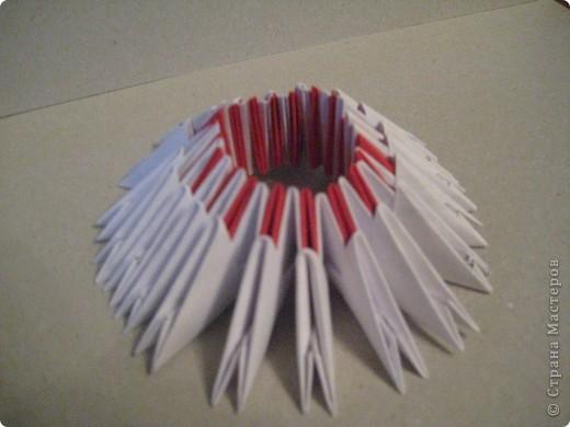Кукла изготовлена методом модульного оригами. Волосы - из нитей. фото 6