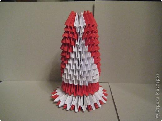 Кукла изготовлена методом модульного оригами. Волосы - из нитей. фото 13