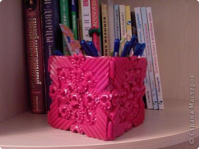 Коробка, макароны и краска в баллончике. фото 1