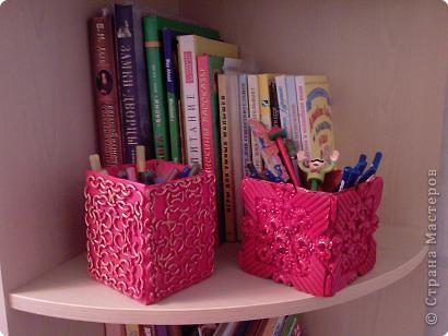Коробка, макароны и краска в баллончике. фото 3