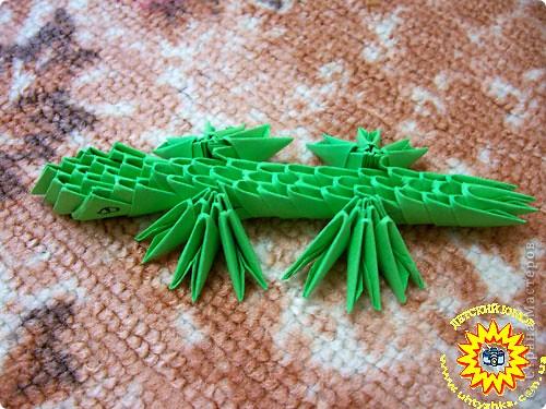 Оригами модульное: Оригами. Крокодил.
