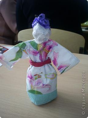 кукла из мятой бумаги. фото 1
