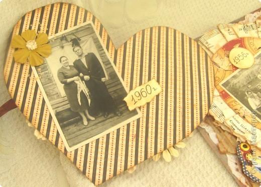 """Страничка в будущий альбом о моих предках. Сердце открывается и там спрятаны еще фото. На главной фотографии - бабушка и дедушка, """"Серебряная свадьба"""". Другие фото странички в моем блоге: www.didelis.blogspot.com фото 3"""