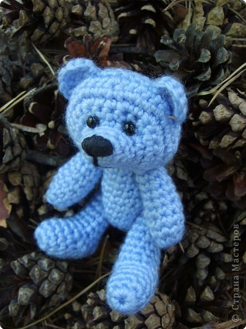 Вязание: Медвежонок небесного цвета