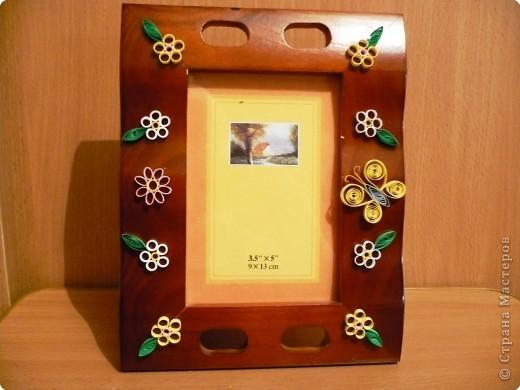 Квиллинг: фоторамка из дерева