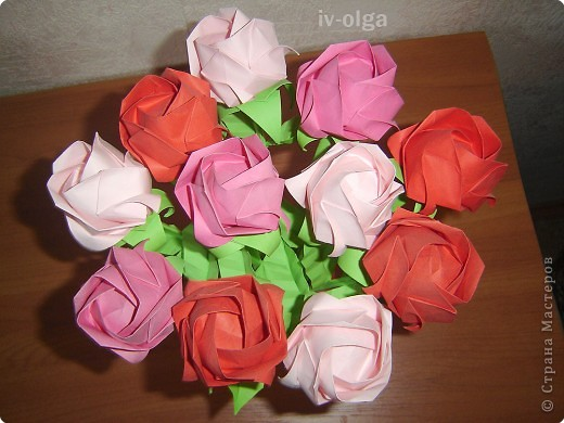 Эти розочки я делала маме на 8 марта :) фото 2