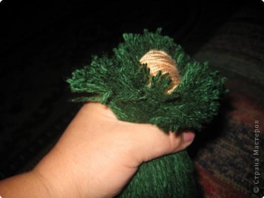 Хочу показать как делать куклу из ниток, может кому пригодится.. фото 4