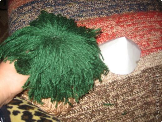 Хочу показать как делать куклу из ниток, может кому пригодится.. фото 12