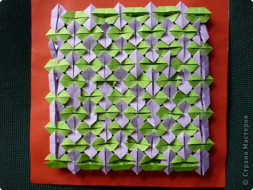 Такое мозаичное панно кружковцы делали на Новый год в год петуха. Каждая деталь открывается как конвертик и внутрь можно положить написанное пожелание или маленькую наклейку. Ещё вариант- использовать мозаику как гадалку. фото 5